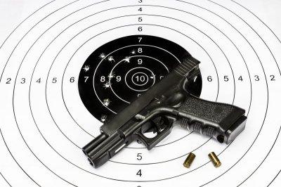 Nybörjarskytte + Pistolskyttekort